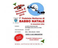 Pedalata notturna di BABBO NATALE a San Paolo...con PANETTONE!!!